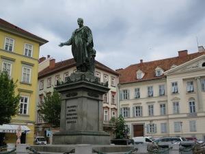 Statue von Kaiser Franz II./I. am Freiheitsplatz in Graz (eig. Quelle)