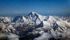 Mount Everest vom Norden her gesehen (Quelle: http://en.wikipedia.org/wiki/)